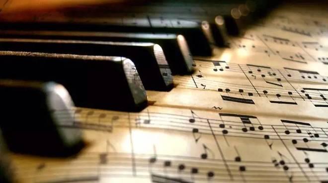 concerto-classico-pianoforte-376121.660x368